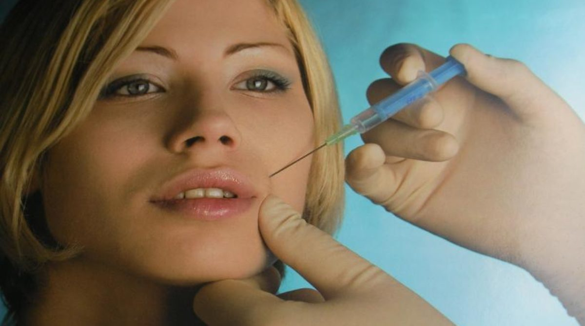 Resolve your physical imperfections by undergoing plastic surgery
