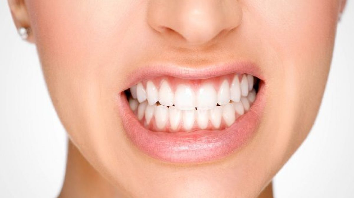 Holistic Dental Services to Help Avoid Early Tooth Loss